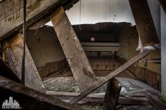 deadinside, urbex,abandoned places, dead inside, natalia sobanska, abandoned, abandoned theater, slovakia, urbex (4 of 9)