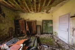 deadinside, urbex,abandoned places, dead inside, natalia sobanska, abandoned, abandoned theater, slovakia, urbex (7 of 9)