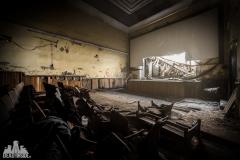 deadinside, urbex,abandoned places, dead inside, natalia sobanska, abandoned, abandoned theater, slovakia, urbex (9 of 9)