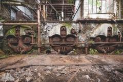 deadinside-urbex-dead-inside-natalia-sobanska-abandoned-spinnig-mill-usine-s-1-of-21