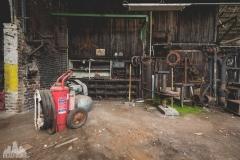 deadinside-urbex-dead-inside-natalia-sobanska-abandoned-spinnig-mill-usine-s-6-of-21