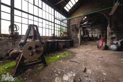 deadinside-urbex-dead-inside-natalia-sobanska-abandoned-spinnig-mill-usine-s-8-of-21