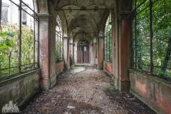 deadinside-urbex-dead-inside-natalia-sobanska-abandoned-abandoned-villa-Italy-villa-Argento-10-of-16
