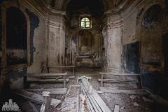 deadinside-urbex-dead-inside-natalia-sobanska-abandoned-abandoned-villa-Italy-villa-Argento-12-of-16