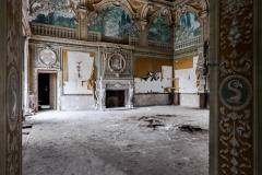 deadinside-urbex-dead-inside-natalia-sobanska-abandoned-abandoned-villa-Italy-villa-Argento-7-of-16