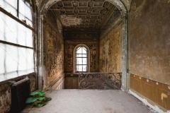 deadinside-urbex-dead-inside-natalia-sobanska-abandoned-abandoned-villa-Italy-villa-Argento-8-of-14