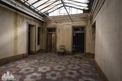 deadinside, urbex, dead inside, natalia sobanska, abandoned, Kupari, abandoned villa, Italy, abandoned Italy, villa drapp (13 of 16)