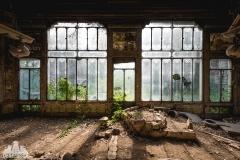 deadinside, urbex, dead inside, natalia sobanska, abandoned, Kupari, abandoned villa, Italy, abandoned Italy, villa drapp (4 of 16)