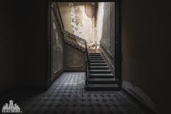 deadinside, urbex, dead inside, natalia sobanska, abandoned, Kupari, abandoned villa, Italy, abandoned Italy, villa drapp (6 of 16)