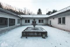 deadinside-urbex-dead-inside-natalia-sobanska-abandoned-abandonedvilla-globus-Austria-2-of-5