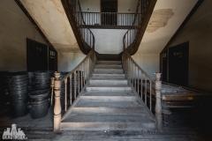 deadinside, urbex, dead inside, natalia sobanska, abandoned, abandoned villa, abandoned villa, Portugal (2 of 4)